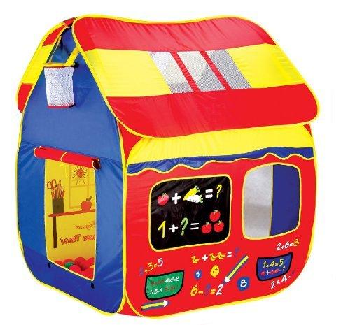 Une maison enfant extérieur en toile